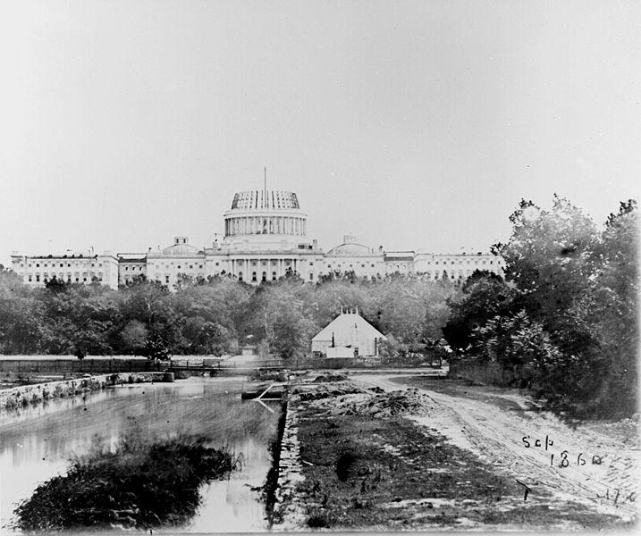 Datei:Capitol under const 1860.jpg