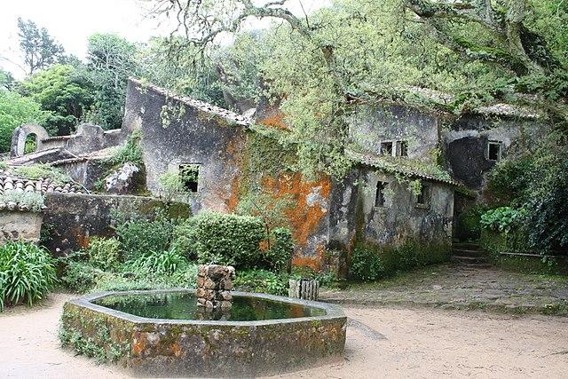 Convento dos Capuchos - Convent of the Capuchos | Sintra Fairytale Wedding