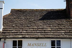Horsham Stone - Horsham Stone tiled roof  in the Carfax, Horsham