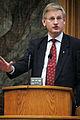 Carl Bildt, utrikesminister Sverige, talar vid Nordiska radets session i Kopenhamn 2006.jpg