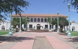 Casa Grande-Casa Grande Union High School-1920-2.jpg