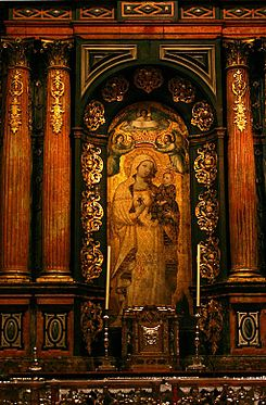 Chapel of la Virgen Antigua - Cathedral of Seville.JPG