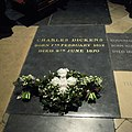 Charles Dickens grave 2012.jpg