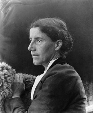 Charlotte Perkins Gilman - Image: Charlotte Perkins Gilman c. 1900
