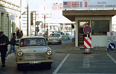 Checkpoint Charlie 1989