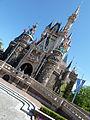 Cinderella Castle, Tokyo Disneyland (9407195793).jpg