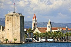City of Trogir and the Tower of the Kamerlengo Castle (5975489212).jpg