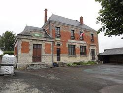 Clamecy (Aisne) mairie-école.JPG