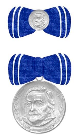 Clara Zetkin Medal - Clara Zetkin Medal (obverse)