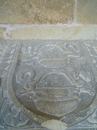 Gómez González - Anachronistic coat of arms on the sepulchre of count Gómez and his wife Urraca at the Monastery of San Salvador de Oña
