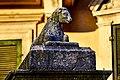 Colonna con agnello accovacciato e scrittura in latino - Wikigita Verona 22-09-2018 PIM3028.jpg