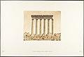 Colonnade du Temple du Soleil, à Baâlbek (Héliopolis) MET DP131971.jpg