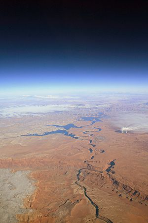 Colorado River Southwest of Lake Powell (5378261921).jpg