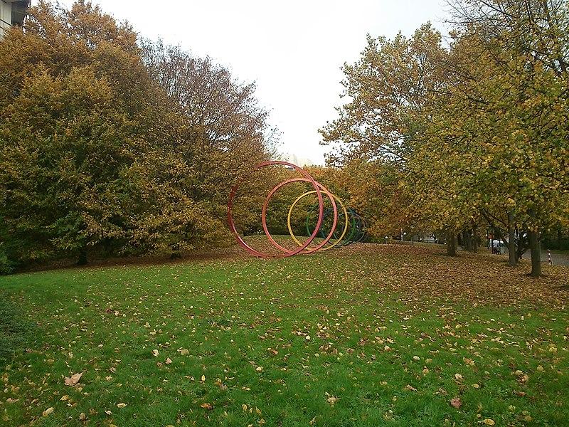 File:Concentric rings at TU Dortmund in autumn - panoramio (1).jpg