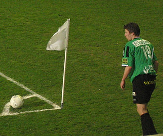 Cercle Brugge K.S.V. - Former player Stijn De Smet taking a corner kick.