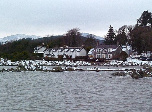 Cottages on the sea front at Rockcliffe - geograph.org.uk - 2227171