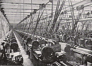 Cotton mill - Lancashire cotton mill, 1914