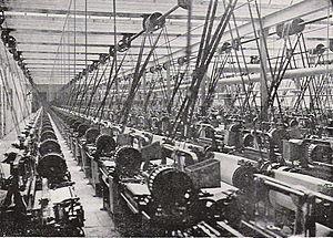 Cotton mill - Lancashire cotton mill, 1914