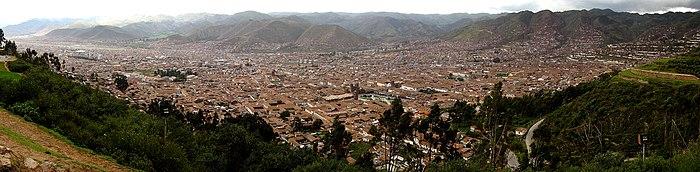 Cuzco Décembre 2007 - Panorama 2.jpg