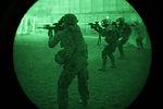 D 1-5 close quarters marksmanship training 130811-A-KP730-500.jpg