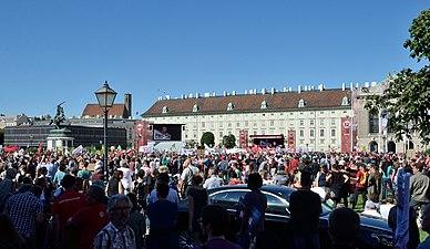Demo gegen 12-Stunden-Tag, 2018-06-30 (02).jpg