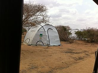 Dadaab - Shelters at the complex.