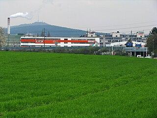 Znečisťovanie lúk a polí priemyselnou činnosťou
