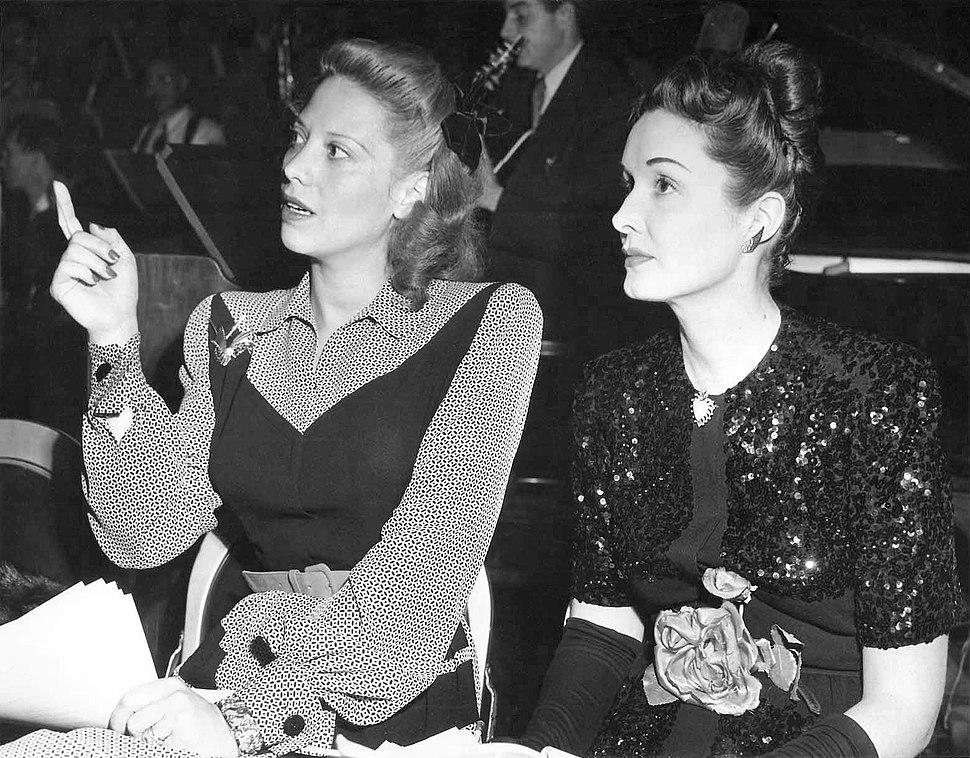 Dinah-Shore-Gail-Patrick-CBS-1945