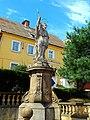 Dobromierz, plac Wolności, figura św. Jana Nepomucena(4).jpg