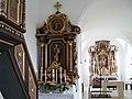 Dornwang Kirche Sankt Martin - linker Seitenaltar.jpg