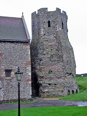English: The Roman lighthouse at Dover Castle