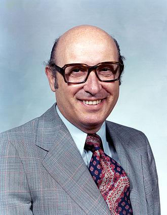 Robert A. Frosch - Image: Dr. Robert A. Frosch GPN 2002 000086