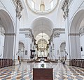 Duomo (Padua) - View of the nave.jpg