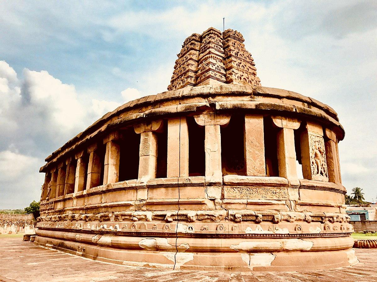 Durga temple, Aihole - Wikipedia