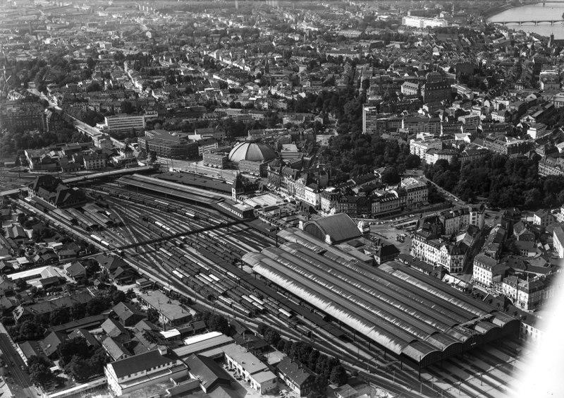 File:ETH-BIB-Basel, Bahnhof SBB-LBS H1-019388.tif