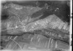 ETH-BIB-Tegerfelden mit Surbtal aus 600 m-Inlandflüge-LBS MH01-002646.tif