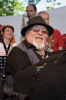 Eddy Louiss 2011.jpg
