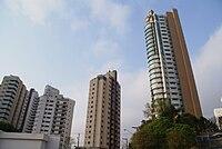 Novas edificações do bairro. condomínios de alto padrão surgem devido ao boom imobiliário da zona sudeste da capital paulista.[7]