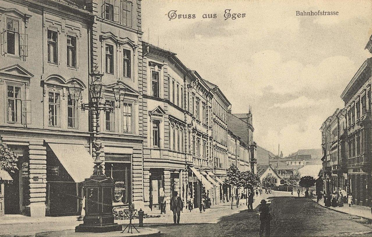 Eger (CZ), Tschechien - Bahnhofstraße (Zeno Ansichtskarten).jpg