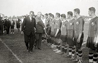 Stadium Gal - Inauguration of the stadium in 1926