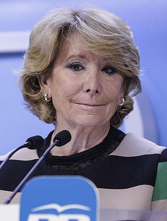 Esperanza Aguirre - Image: Esperanza Aguirre 2015c (cropped)