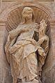 Estàtua de santa Paula a la façana de sant Miquel dels Reis.JPG