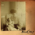 Ethel Hook and baby John, 1 March 1907 (6847926118).jpg