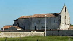FR 17 Coivert 08 Église Saint Vivien.jpg