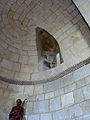 Fenêtre intérieure de l'absidiole - église Saint-Martin de Pouillon.jpg