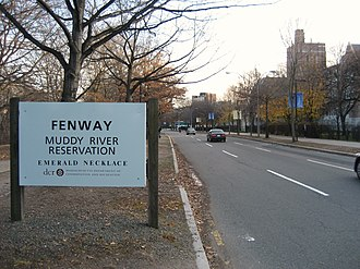 Fenway (parkway) - Westernmost end of the Fenway near Brookline Avenue.