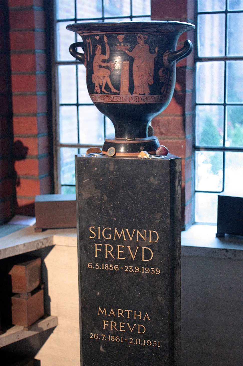 Freud's ashes in Golder's Green Columbarium
