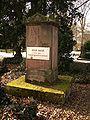 Göttingen-Grave.of.Anton.Bauer.jpg