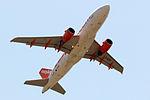 G-EZDV A319 easyJet OPO.jpg
