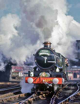 """GWR 4073 Class 4079 Pendennis Castle - GWR 4079 Pendennis Castle at Chester General station before hauling the return """"Birkenhead Flyer"""" to Birmingham, 4 March 1967"""